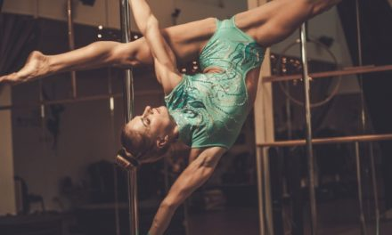 What is the Push Pull Method in Pole Dancing?